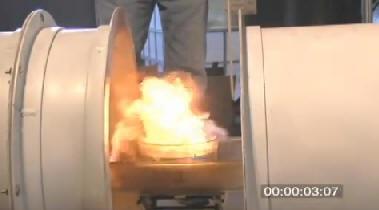重低音で火を消す音波消火器 - ...